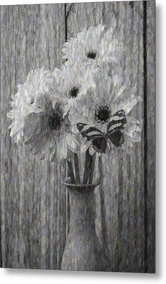Daisy Butterfly Abstract Metal Print by Garry Gay