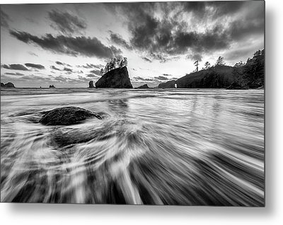 Metal Print featuring the photograph Dance Of The Tides by Mike Lang