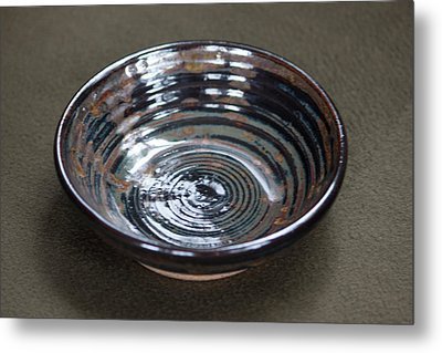 Dark Brown And Red Ceramic Bowl Metal Print by Suzanne Gaff