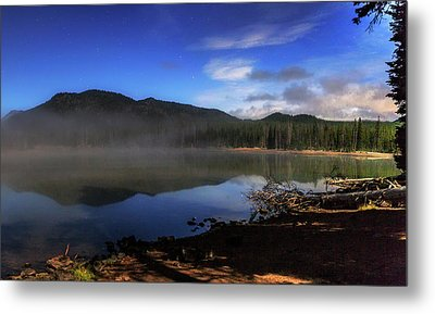 Metal Print featuring the photograph Daybreak At Sparks Lake by Cat Connor