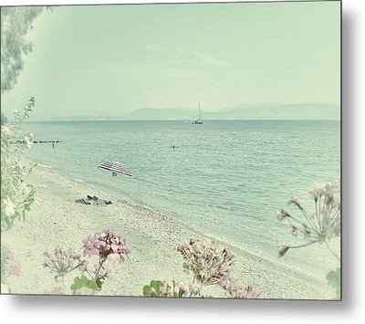 Daydream Metal Print by Connie Handscomb