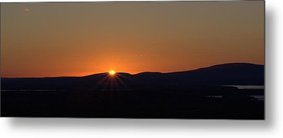 Metal Print featuring the photograph Days First Light I Hdr by Greg DeBeck