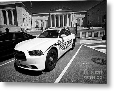 dc police car in front of District of Columbia City Hall now the court of appeals judiciary square W Metal Print by Joe Fox