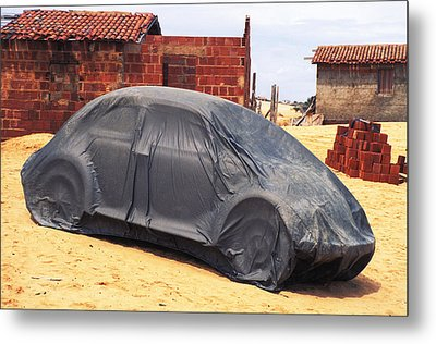 Dead Volkswagon In Brazil Metal Print by Carl Purcell