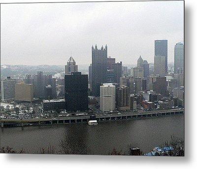 December Pittsburgh Metal Print by David Bearden