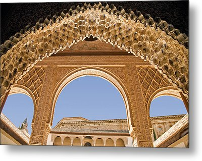 Decorative Moorish Architecture In The Nasrid Palaces At The Alhambra Granada Spain Metal Print by Mal Bray