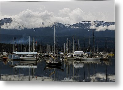 Deep Bay Marina Metal Print