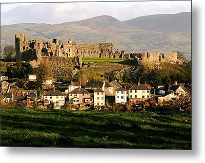Denbigh Castle Metal Print