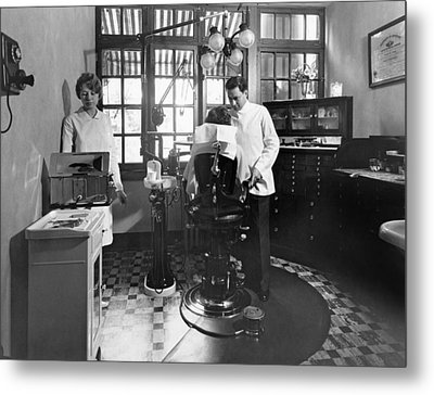 Dentist Office At Sanatarium Metal Print by Underwood Archives