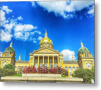 Metal Print featuring the photograph Des Moines-capital City by Jame Hayes