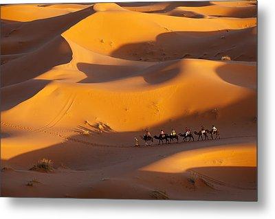 Desert And Caravan Metal Print