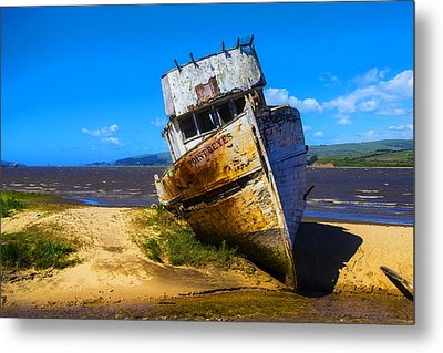 Deserted Beached Boat Metal Print by Garry Gay