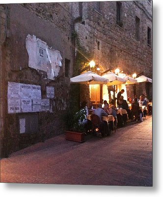 Dining In Tuscany Metal Print