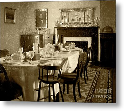 Metal Print featuring the photograph Dinner Is Ready by Pete Hellmann