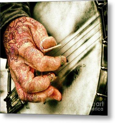Dirty Picking  Metal Print by Steven Digman