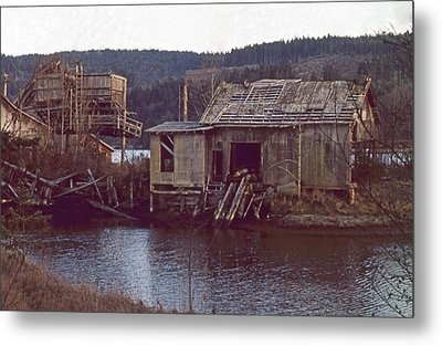 Metal Print featuring the photograph Discovery Bay Mill by Laurie Stewart