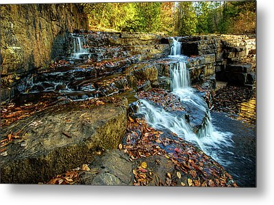 Dismal Creek Falls Horizontal Metal Print