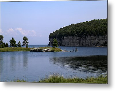 Dolomite Cliffs Fayette State Park Metal Print by Mary Bedy
