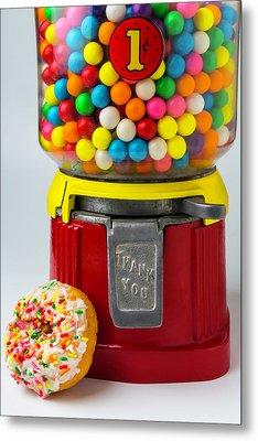 Donut And Bubblegum Machine Metal Print by Garry Gay