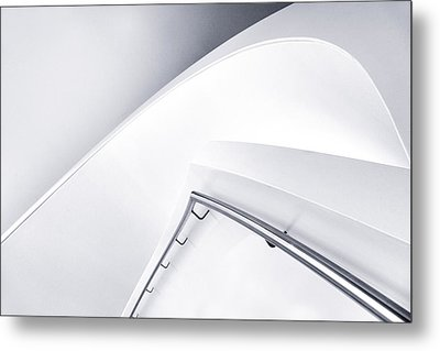 Down Curve Metal Print