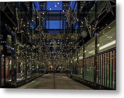 Metal Print featuring the photograph Downtown Christmas Decorations - Washington by Stuart Litoff