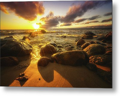 Drama On The Horizon Metal Print