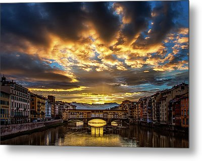 Drama Over Ponte Vecchio Metal Print by Andrew Soundarajan