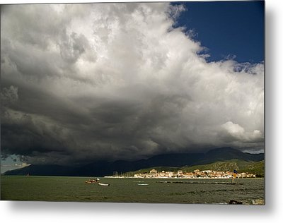 Dramatic Clouds Metal Print by Rod Jones