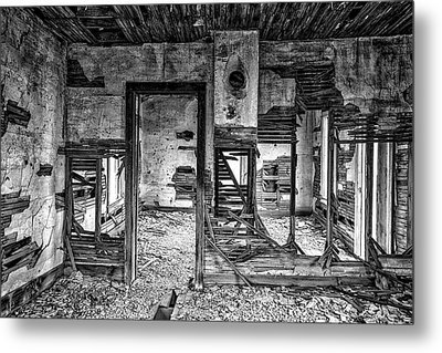 Dreams Of The Past Metal Print by Darren White