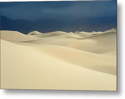 Dune Metal Print by Catherine Lau