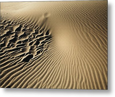 Dunes Footprints Metal Print