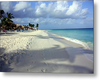 Metal Print featuring the photograph Eagle Beach Aruba by Suzanne Stout