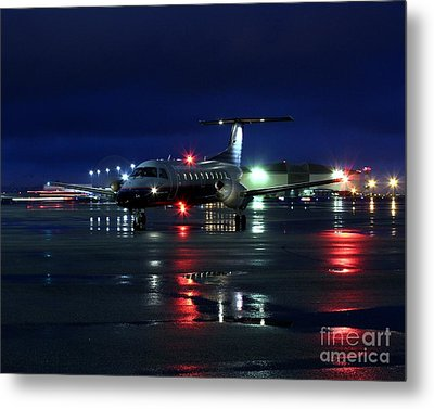 Metal Print featuring the photograph Early Bird by Alex Esguerra