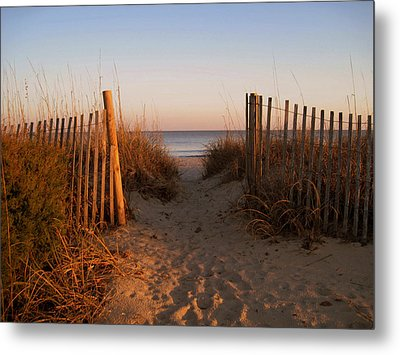 Early Morning At Myrtle Beach Sc Metal Print by Susanne Van Hulst