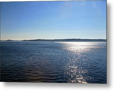 Early Morning Metal Print by Gary Smith