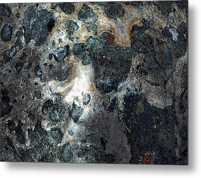 Metal Print featuring the photograph Earth Memories - Stone # 8 by Ed Hall