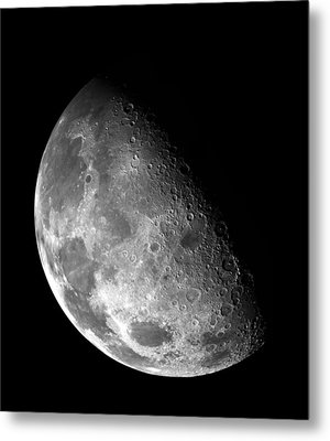 Earth's Moon In Black And White Metal Print