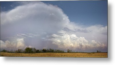 Metal Print featuring the photograph East Of El Dorado by Rod Seel