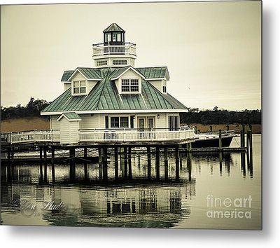 Eating On The River Metal Print by Melissa Messick