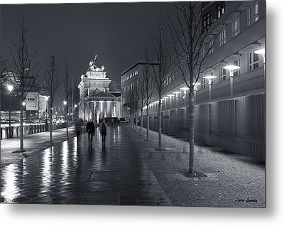 Ebertstrasse And The Brandenburg Gate Metal Print by Pierre Logwin