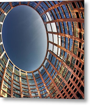 Metal Print featuring the photograph Egg by Stefan Nielsen