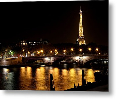 Metal Print featuring the photograph Eiffel Tower At Night 1 by Andrew Fare