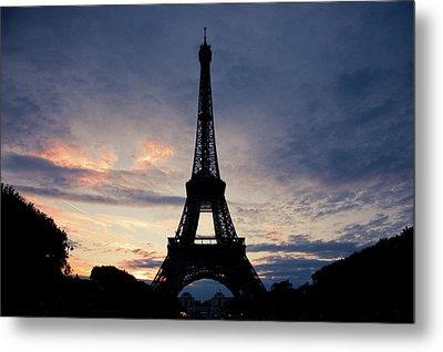 Eiffel Tower At Sunset, Paris, France Metal Print