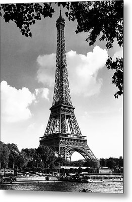Eiffel Tower Metal Print by Contemporary Art