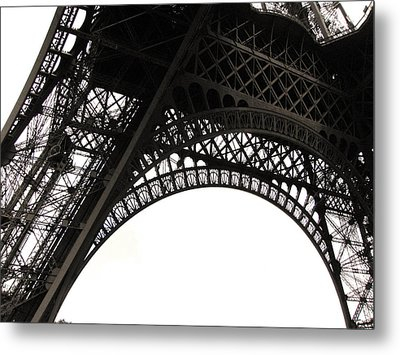 Eiffel Tower Metal Print by Fion Ngan @ fill in my blanks