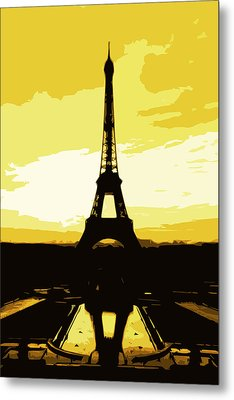 Eiffel Tower In Gold Metal Print by Nilla Haluska