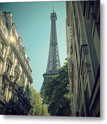 Eiffel Tower Metal Print by Louise LeGresley