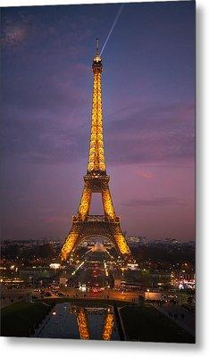 Eiffel Tower Sunset Reflection Metal Print