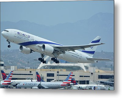 Metal Print featuring the photograph El Al Boeing 777-258er 4x-ece Los Angeles International Airport May 3 2016 by Brian Lockett