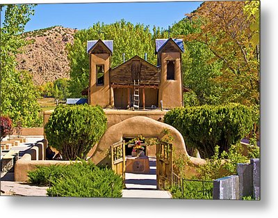 El Santuario De Chimayo Metal Print by Bill Barber